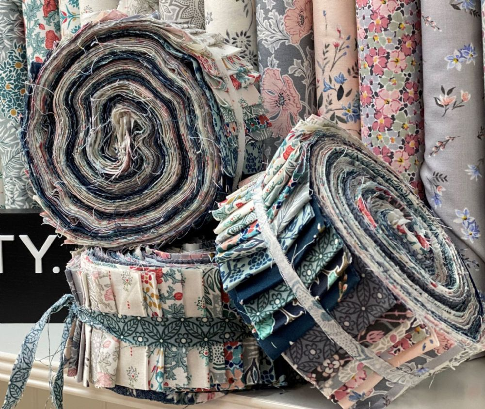 Winterbourne Roly Poly Fabric Roll